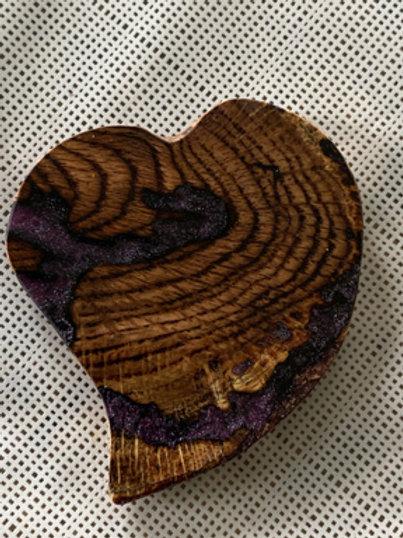 Broche coeur aimantée