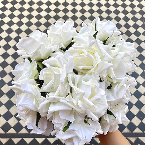 12 Real Touch English White Roses