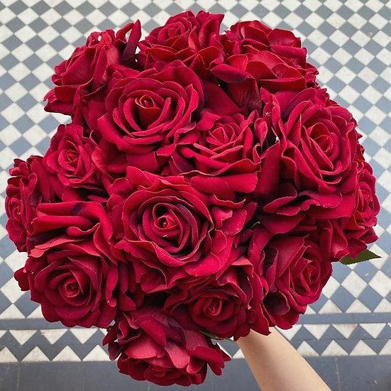 12 Vintage Red Large Real Touch Roses
