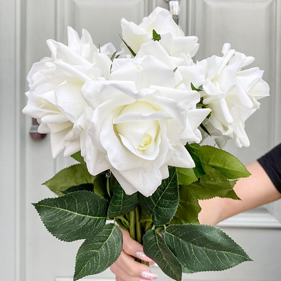 6 Real Touch English White Roses