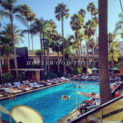 See Beautiful places on Hollywood Tourz