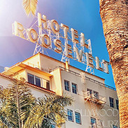 Start your Adventure in the Heart of Hol