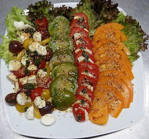 tomaten-vielfallt-hanfsalatsauce-harmonius-shop-rezept.jpg