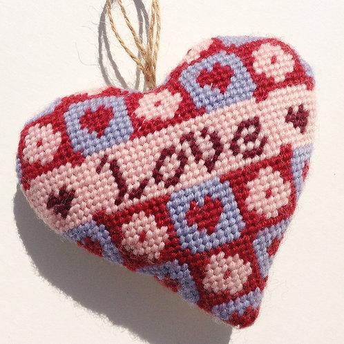 N04 Love Heart needlepoint Hanging
