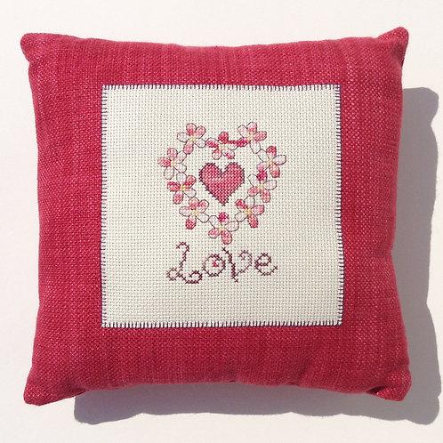 C071 Love Cushion