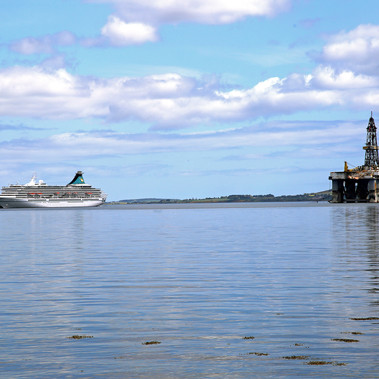 Cromarty Cruise Ship vs. Oil Rig by J McNeil