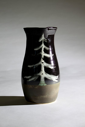 Handle-less tree pitcher