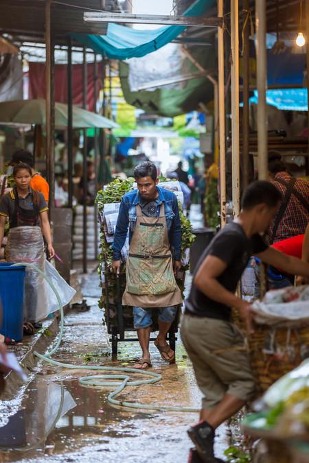 Market worker Bangkok