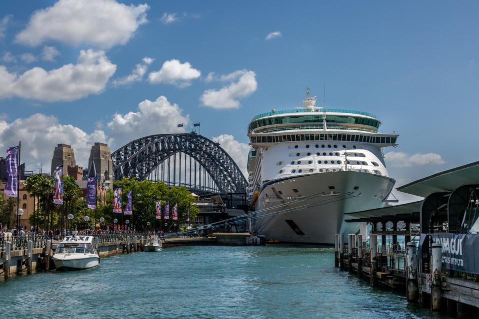 Cruise Liner Circular Quay