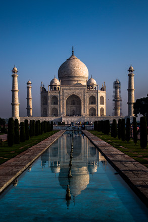 Early morning Taj Mahal