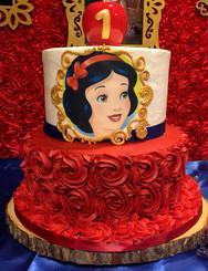snow white cake (2).jpg