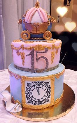 cinderella cake_edited_edited.jpg