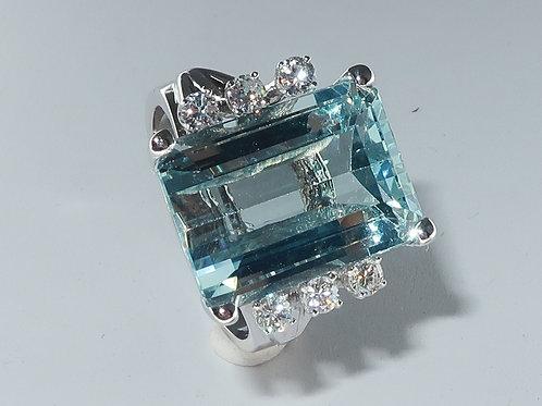 Ladies Aquamarine and Diamond Ring in 14 Karat White Gold