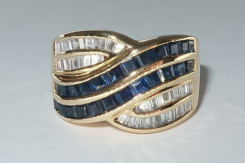 Retro Style Sapphire and Diamond Ring in 18 karat Yellow Gold, 2.00 carat total
