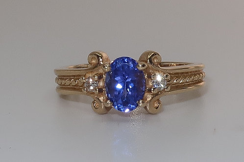 Art-Deco Style Ladies Tanzanite and Diamond Ring in 14Karat Yellow Gold 3/4cttw