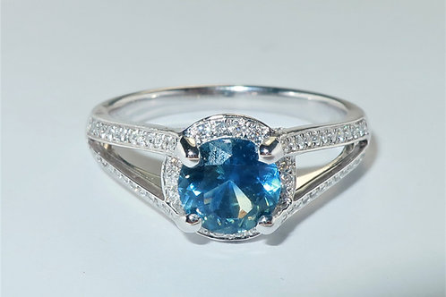 Ladies Halo Design Diamond and Sapphire Ring 1.33cttw