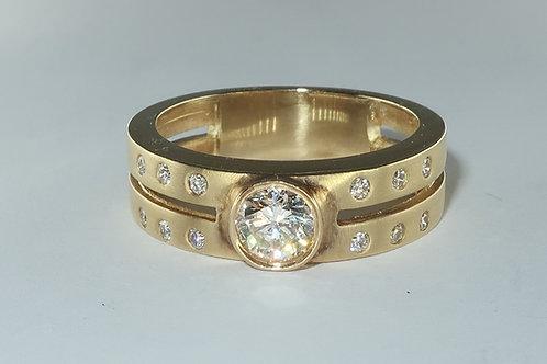 Ladies Diamond Engagement /Anniversary Ring