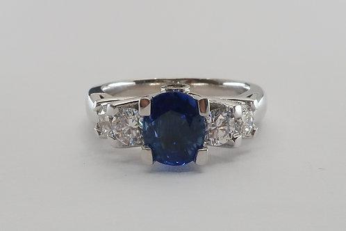 2.50cttw Ladies Sapphire & Diamonds Engagement / Anniversary  Ring.
