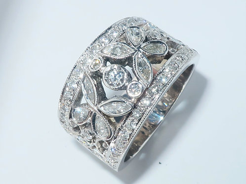 Victorian style Diamond Ring, 2.00 cttw, 14 Karat White Gold and diamond ring 2.