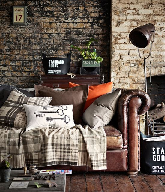 Fall design - layering pillows and blankets
