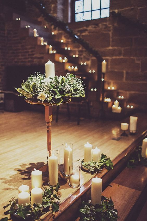 Winter wedding - candles decor