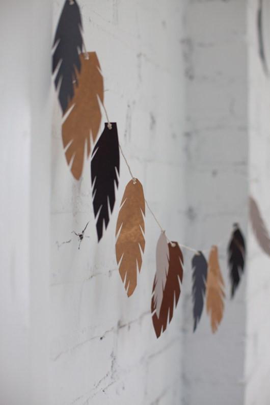 DIY feathers - Garland decor