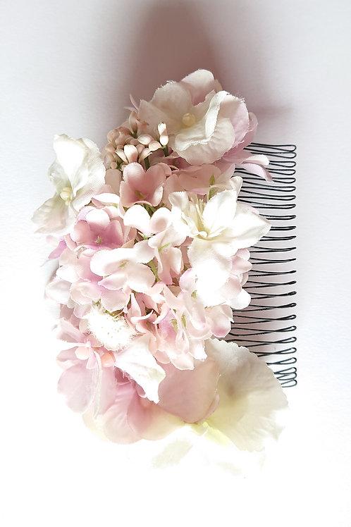 送料込み★髪飾り♡ホワイトピンク