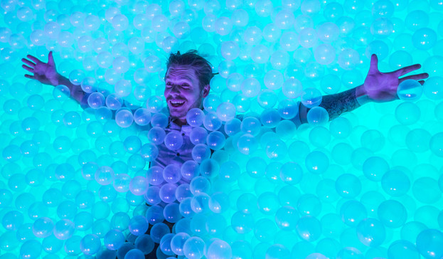 LED Ball Pit Booth