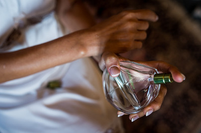 Bride and perfume