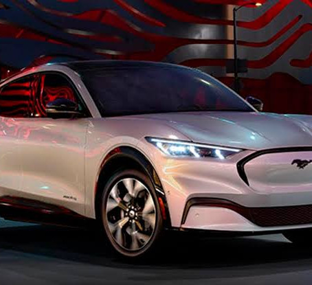 Pakistan's National Electric Vehicle Policy: Charging towards the future