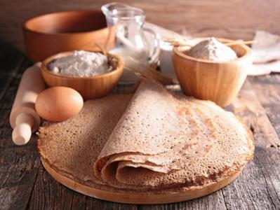 Recette galettes de sarrasin aux rillettes Larzul et fruits secs