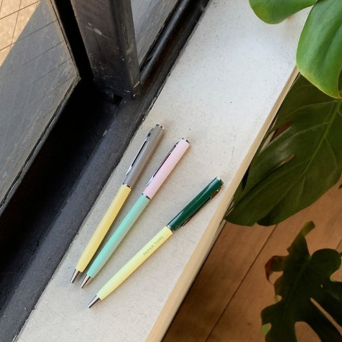 Colour block ballpoint pen