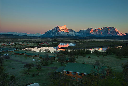 Amanecer Hotel Torres del Paine CFD_5449