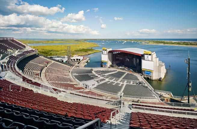 Jones Beach Concert by Boat