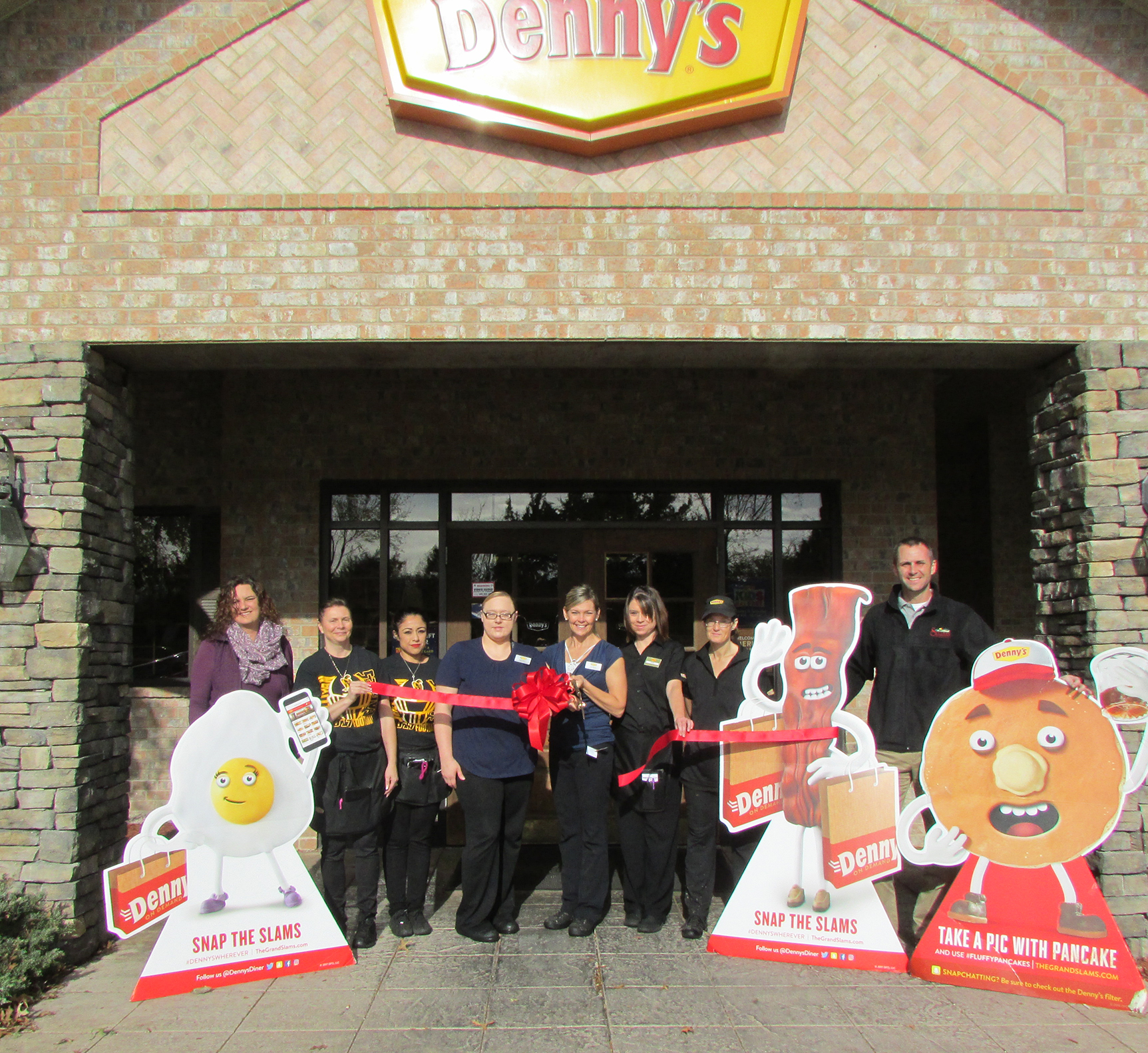 Denny's Ribbon Cutting