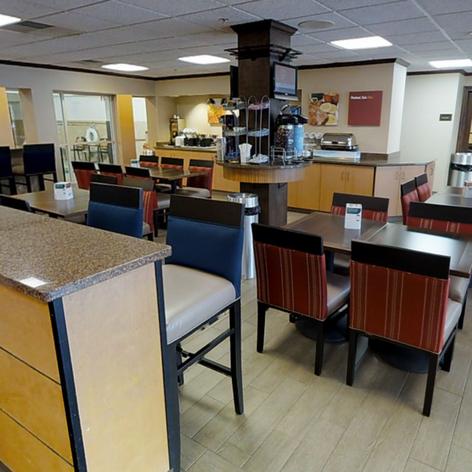 Comfort Inn & Suites - Dining