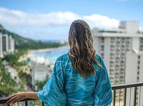 Waikiki-Beachcomber-by-Outrigger-Yukata-