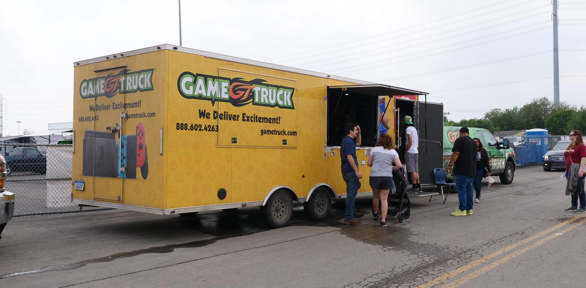 Gametruck at CarFest!