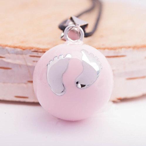 Розовый с серебряными ножками