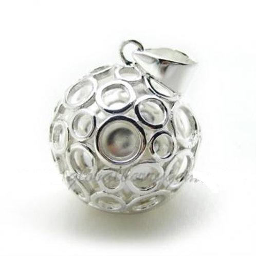 Серебряный  с серебряными кружочками