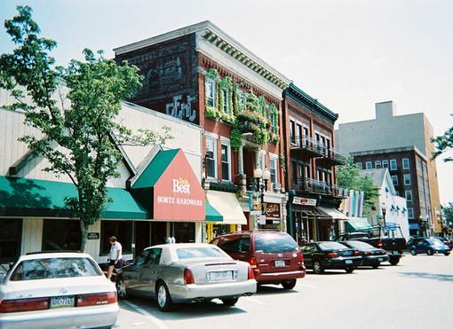 1200px-Greensburg-pennsylvania-south-pen