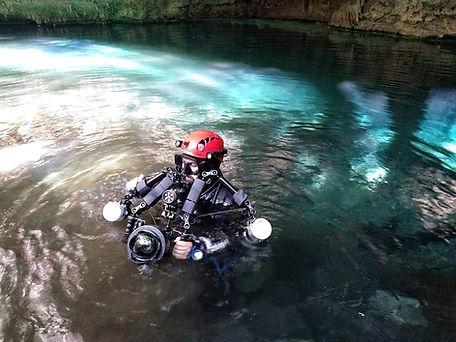 "Klukkert cavediving Madagacar scuba photography nauticam ""Light and Motion"""