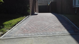 Block Paved Drive with Charcoal Margin Edge