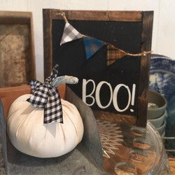 Only made 5 of these adorable Boo signs