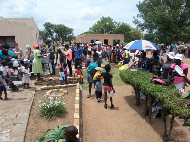Sponsor food and feed 1500 poor people a