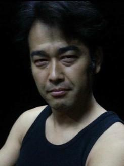 001 飯森 明