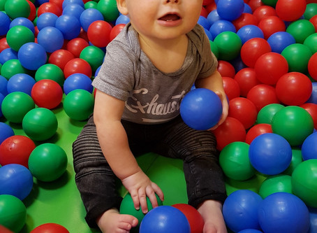 Soft play snacking and the allergy baby