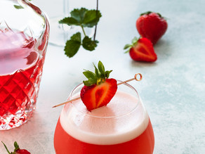 Strawberry & Lime Pisco Sour