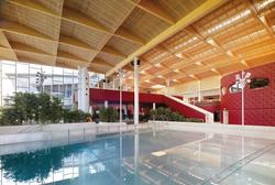 Schwimm- + Wellnesszentrum Strassen