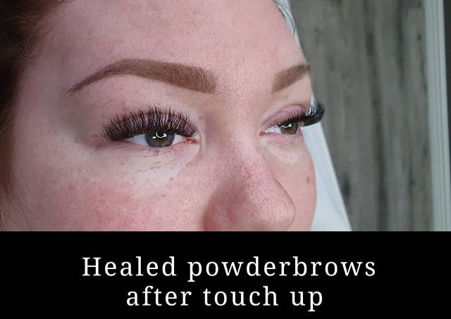 Läkta powderbrows